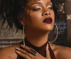 makeup, rihanna, and fenty beauty image