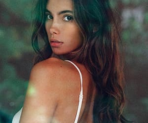 beauty, brunette, and women image