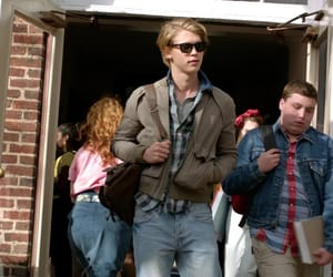 pilot, the carrie diaries, and sebastian kydd image