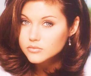 90210, 90s, and kelly kapowski image