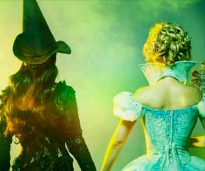 couple, The wizard of OZ, and wallpaper image