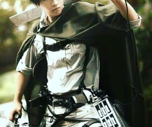 cosplay, levi, and shingeki no kyojin image