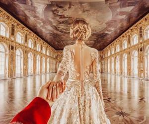 love, travel, and murad osmann image