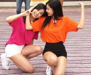 jennie and jisoo image
