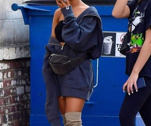 candid, girl, and ariana grande image