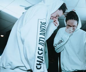 mitchel cave and chase atlantic image