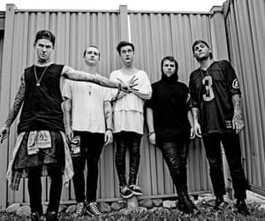 the neighbourhood, band, and zach abels image