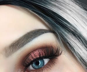 makeup, eyeshadow, and blue eyes image