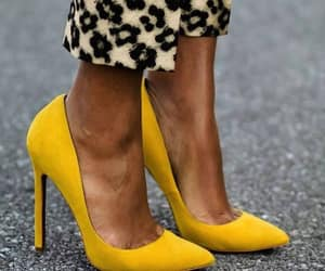 chaussure, yellow, and heels image