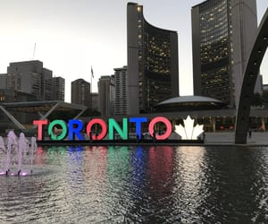 background, canada, and Drake image
