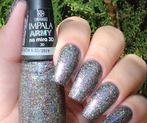 3d, silver glitter, and glitternails image