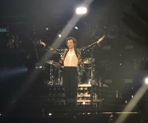 album, last show, and Harry Styles image