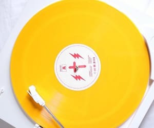 colors, music, and yellow image