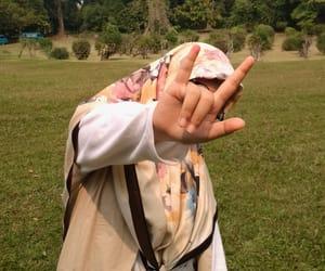 hijab outfit and hijab teen image