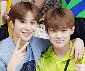 kpop, jungwoo, and chenle image