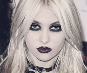 black, rock star, and the pretty reckless image