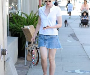 blonde, sta, and Elle Fanning image