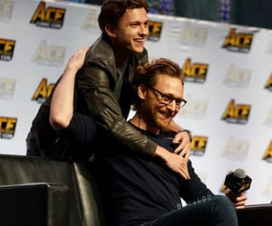 tom hiddleston, tom holland, and ace comic con image