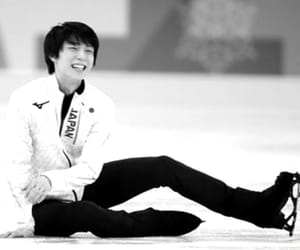 b&w, boy, and figure skating image