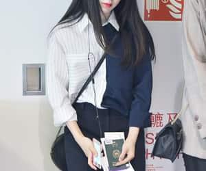 k-pop, female fashion, and shin bora image