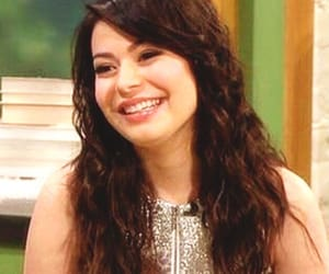 brunnette, miranda cosgrove, and preview image