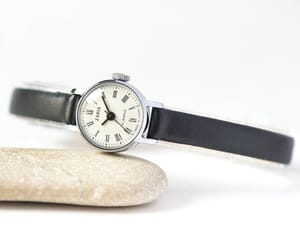 etsy, montre femme, and womens wristwatch image