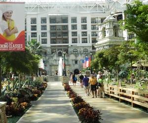 atrium, theme park, and usa image