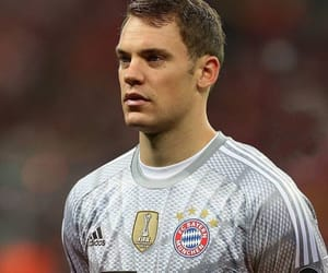 player, bayern munchen, and goalkeeper image