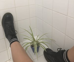aesthetic, doc martens, and grunge image
