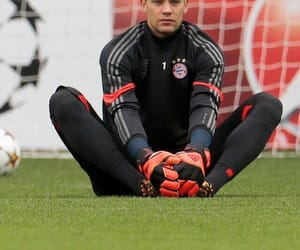 manu, goalkeeper, and bayern munchen image
