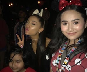icons, grande, and lq image