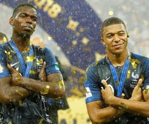 football, equipe de france, and mbappe image