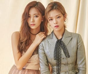 twice, tzuyu, and jeongyeon image