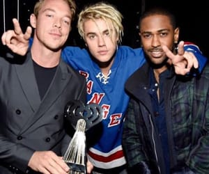 diplo, justin bieber, and i heart awards image