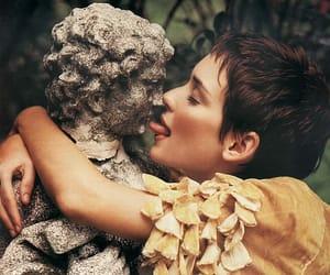winona ryder, actress, and kiss image