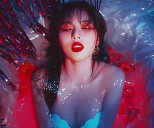triple h - retro future m/v from @sunimgf - Hyuna