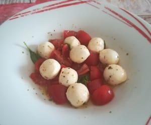 beautiful, mozzarella, and pomodoro image