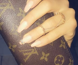 louis vutton, manicure, and midi rings image