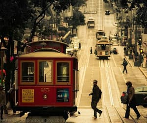 san francisco and cable car image
