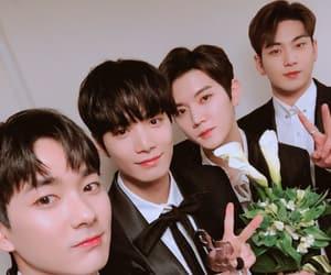 Jonghyun, minki, and nu'est image