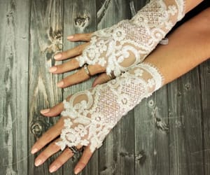 accessories, fingerless gloves, and lace image