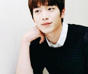 boys, handsome, and Korean Drama image