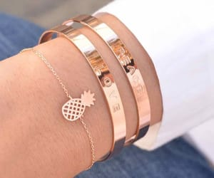 accessories and bracelets image