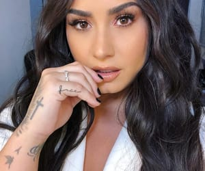 demi lovato, beauty, and makeup image