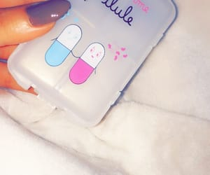 nails, medicaments, and snapchat image