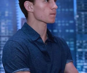 tom holland image