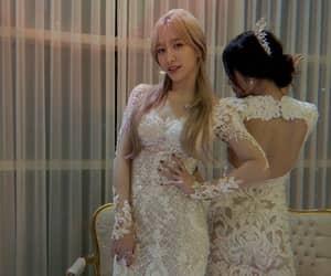 hani, kpop, and soyou image
