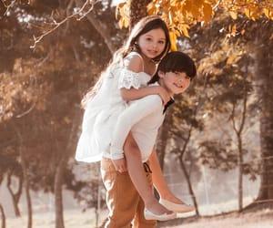 child, girl, and retratos image