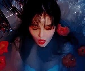 gif, hyuna, and triple h image