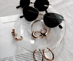 accessoires, beauty, and chic image